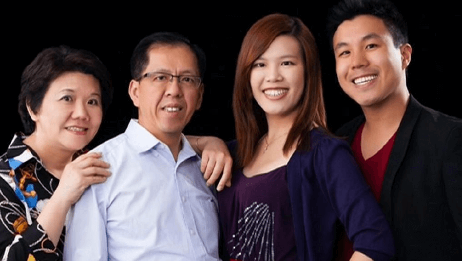 Curtis Cheng (second from left) with his family